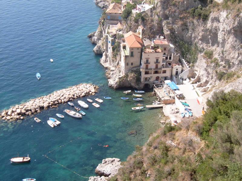 Conca dei Marini: Amalfi Guide