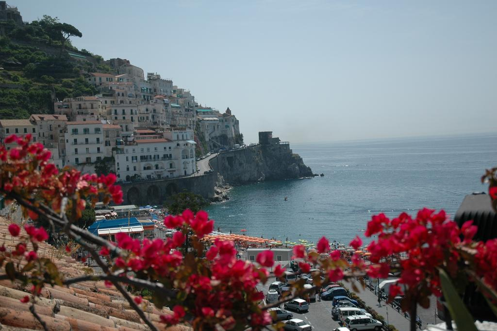 accommodation amalfi coast italy: Villa Adriana Amalfi
