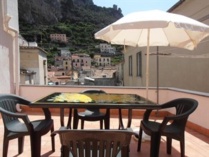 amalfi coast best place to stay: La Casa di Marima